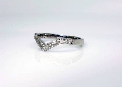 Engraved Platinum Fitted Wedding Ring