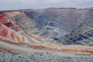 Photo of open cut gold mine in Kalgoorlie, Western Australia