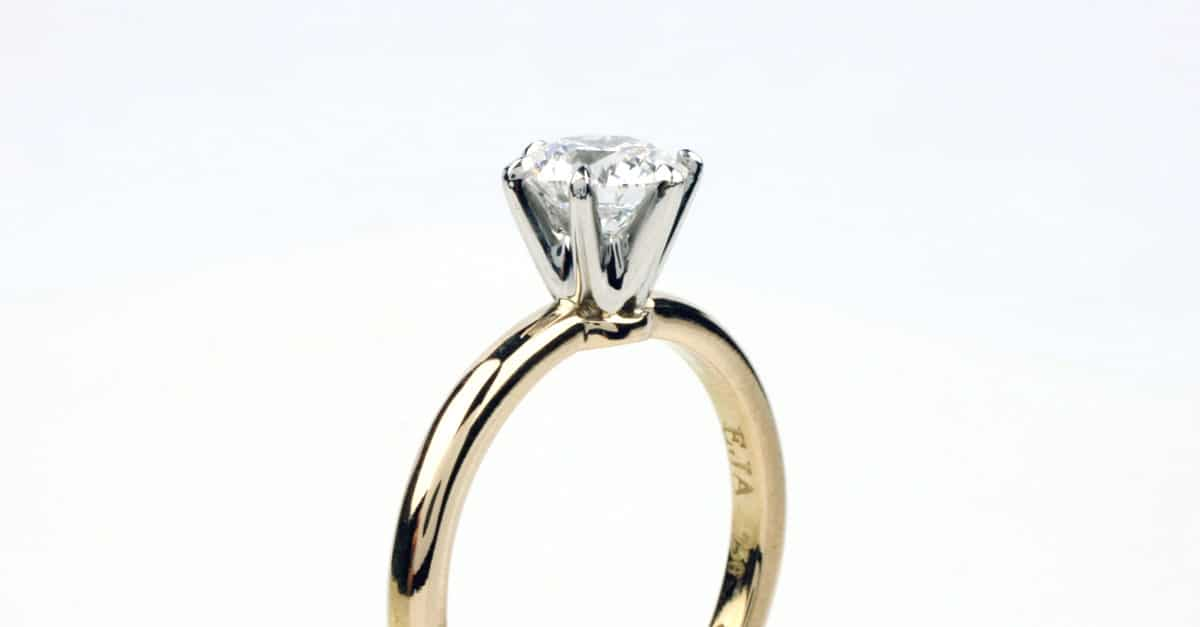 Natural or lab-created diamonds – which is best in your engagement ring?